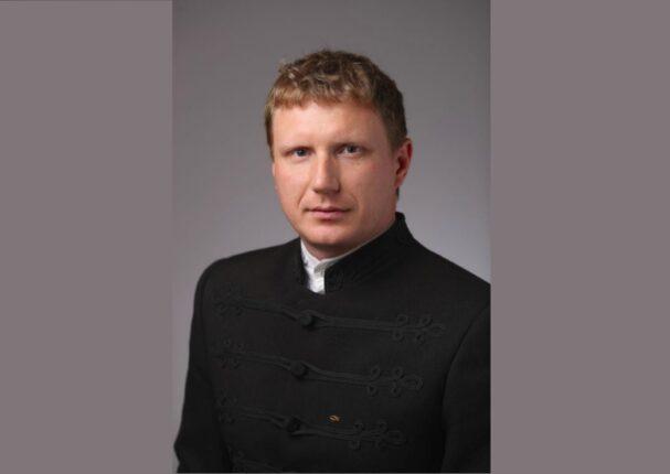 A Kárpáti Igaz Szó Kulcslyuk rovatának vendége Orbán László, a Nagyberegi Református Líceum pedagógusa.
