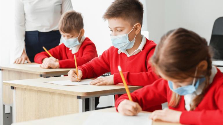 """A tanulók bizonyítványaiban a vizsgák helyén a """"felmentett"""" szó fog szerepelni. DPA vizsga"""