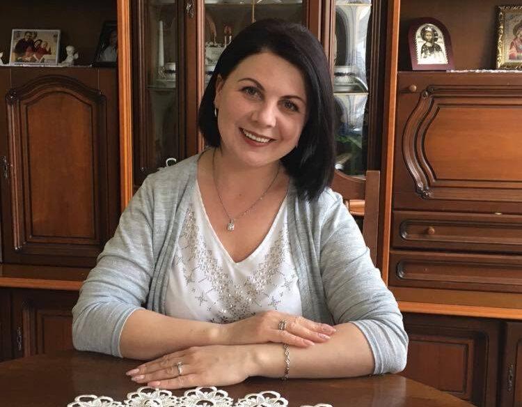 A Kárpáti Igaz Szó Kulcslyuk rovatának vendége Szkoropádszky Adrienn, a Palágykomoróci Gimnázium magyar nyelv- és irodalomtanára.